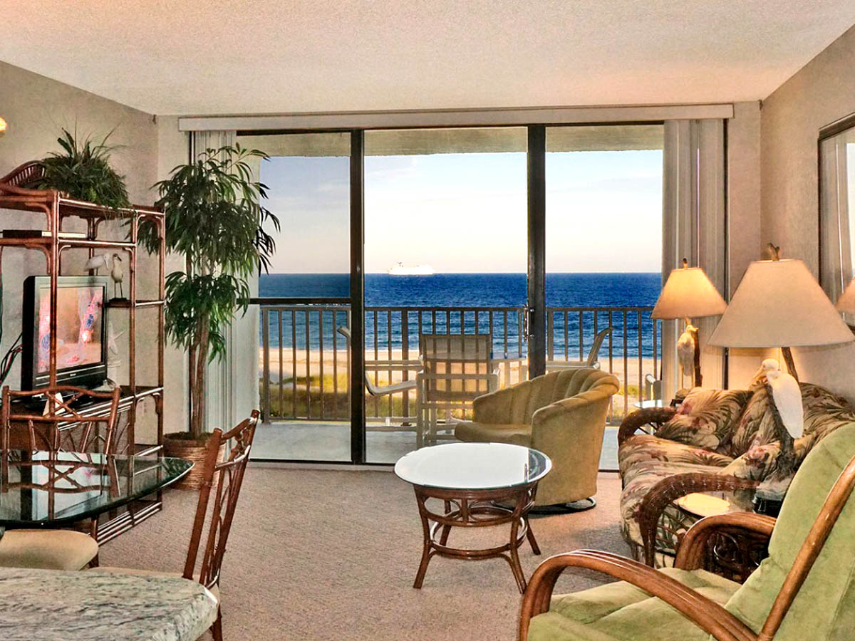 cape winds condo room 405