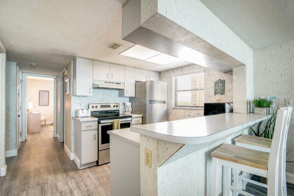 cape winds condo suite 501 kitchen