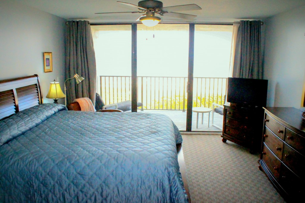 beach-condo-rental-room406-04