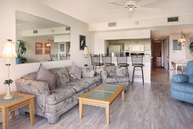 Cape Winds Resort Condo Als In Canaveral Fl Cocoa Beach