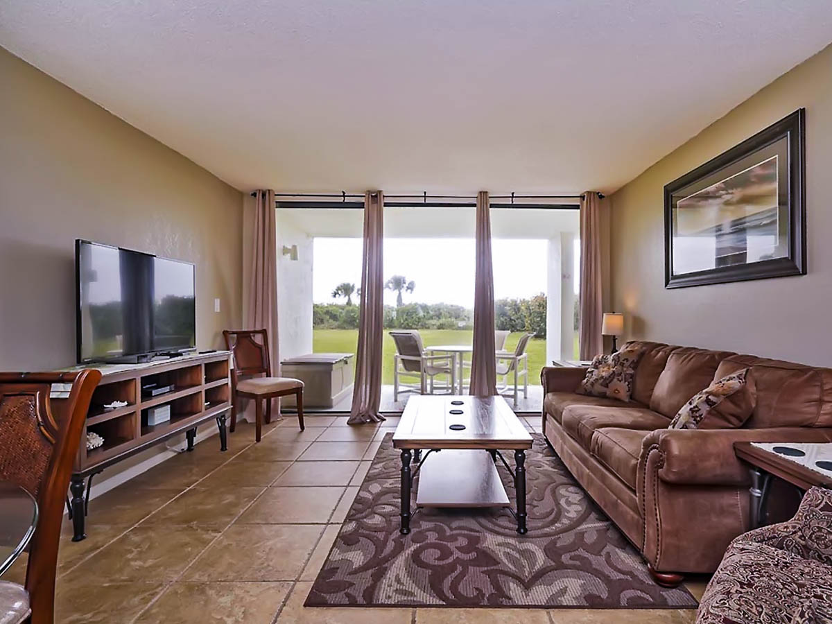 Vacation rental condo 103 at Cape Winds Resort