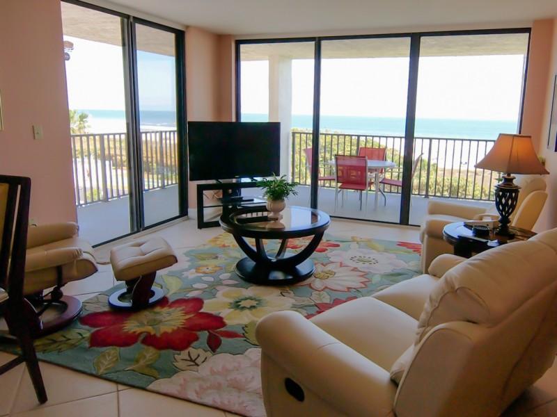 beach-condo-rental401-01