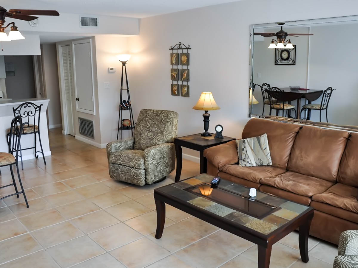 vacation rental 210 at the cape winds resort